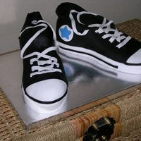 High Top Tennis Shoes Teenagers birthday cake. Fondant is amazing......
