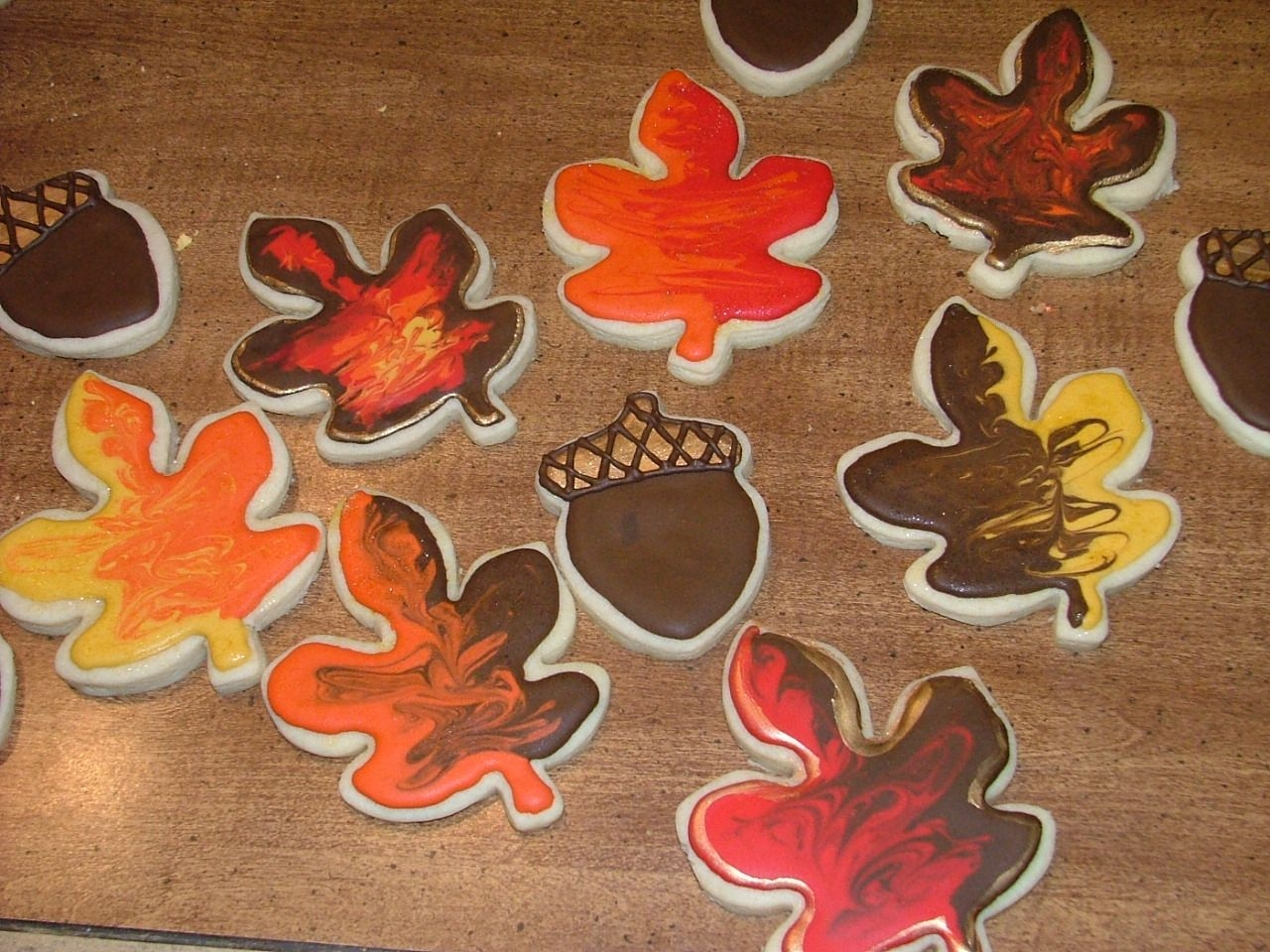 Fall Cookies NFSC with Royal and luster dust.