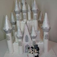 Castle Wedding Using The Wilton Romantic Castle Set