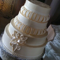 Ivory Wedding Cake Inspired by a picture from a wedding magazine the bride found.