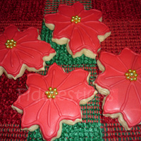 Poinsettia Cookies! My first Poinsettia cookies!Thanks for looking !!