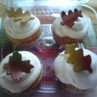 Fall Cupcakes Pumpkin Pie cupcakes with Cinnamon Cream Cheese Frosting. Gum paste fall leaves