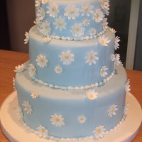 Blue Wedding Cake With Daisies