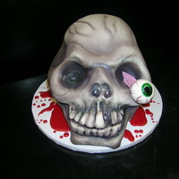 Alien Skull All white cake,all fondant details.Thanks for looking !