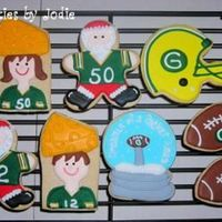 Packer Christmas.... I was happy to do something other than the standard Christmas cookies for a bit. We have some rabid Packer fans(including my son) in the...