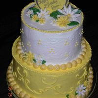 Yellow And White Daisy Birthday   Buttercream with fondant accents