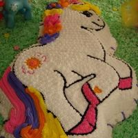 My Little Pony Thanks to my friend betty25 for the cake pan. Vanilla cake with buttercream. Thanks for looking and leave your comment.
