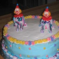 Creepy Clown Cake From Wilton Level 1