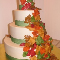 Autumn Wedding I love this cake. It's a 4/7/10/14 cake - weighs a ton. the leaves are all hand cut gumpaste, painted in a variety of colors with...