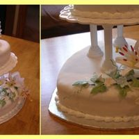 Small Wedding Vanila cake with pineapple and buttercream, covered with fondant, decorated with gumpaste flowers.
