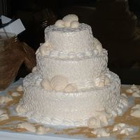 My First Wedding!  Woweee fellow decorators! I have just returned home from the 7pm wedding that I made this cake for. It was my first wedding cake - not...