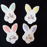 Easter Bunnies NFSC with fondant Inspired by yankeegal (whose cookies were adorable) and her bunny cookies TFL