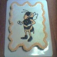 Yellowjacket Cupcake Cake This is for my niece's dessert social after their volleyball scrimmage at Lebanon High School-cupcake cake. I volunteered for the free...