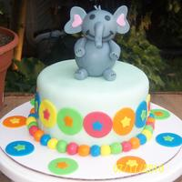 Wilton Demo This i had did for the Wilton demo. It was to promote the new Wilton year book. Elephant was hand molded.