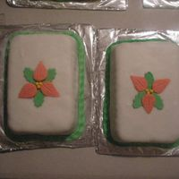 Christmas Fruit Cakes COVER WITH FONDANT AND POINSETAS OF PASTILLAJE.