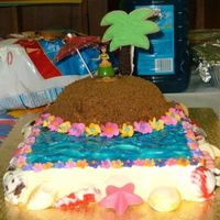 Luau Cake   I made this cake for my daughter's 1st grade end of the year party at school.