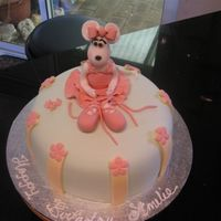 Ballerina Mouse   Cake was for a friend's daughter who loves ballet.