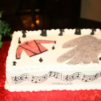 Michael_Jackson_Cake_001.jpg I made this cake for my niece. I only had a days notice.
