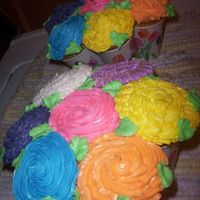 Cupcake Bouquet  The bouquet bug bit me too! After looking at all the pics of the great ones that all of you did, I couldn't wait to try one for myself...