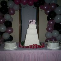 Square Four Tier W/two Heart Cakes