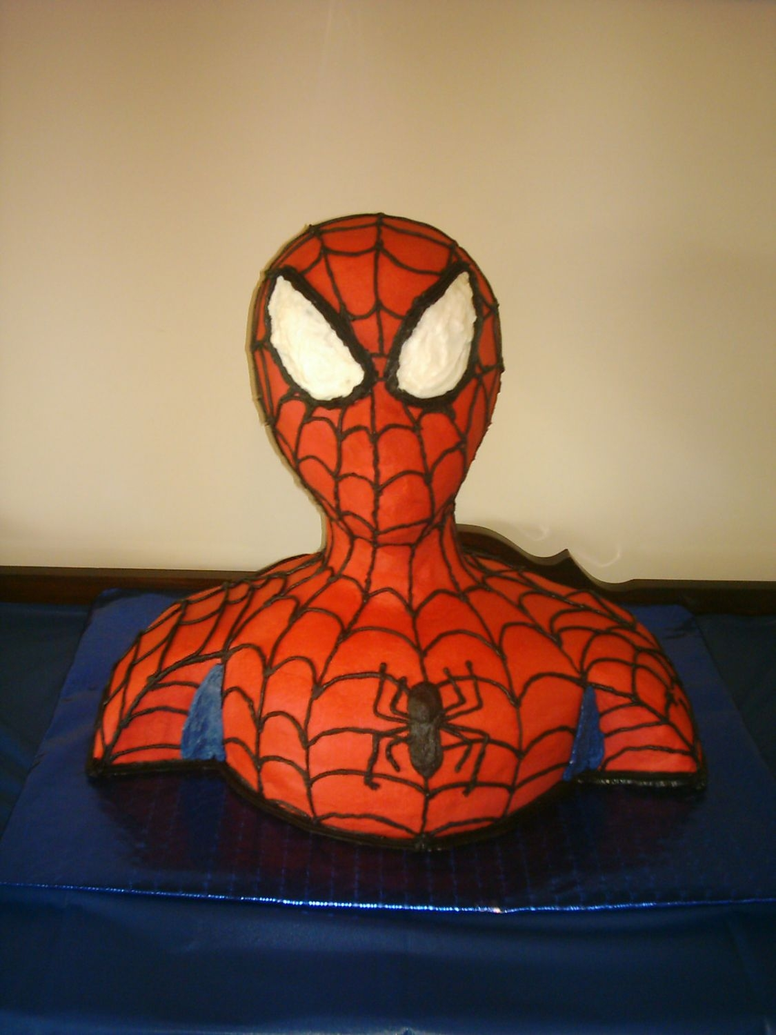 Spiderman  Spiderman cake for my little guys 7th birthday. Thanks to the directions on frostingfun.blogspot.com I am now the greatest Mom ever...
