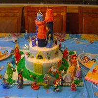 Castle.jpg made this for my 3yr olds bday.