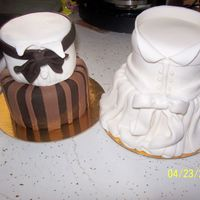 Mini Bride & Groom Fondant mini bride and groom. TFL