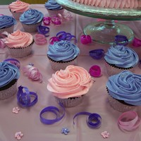Rosette Cupcakes Buttercream with tip 1M