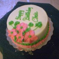 "Phpxaqmgvpm.jpg Buttercream cake 6"" with flowers"