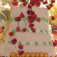 Red Roses Weddingcake