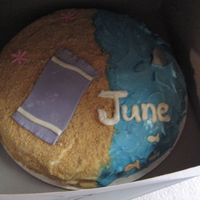 June Birthdays Cake vanilla cake with june beach theme. used grahm cracker for sand and MMF details
