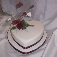 101_0096.jpg valentines cake for my husband hearts and roses made out of flower paste