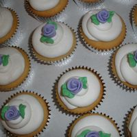 Cupcakes For Bridal Shower Butter cupcakes to go with chocolate cupcakes and 2-tier cake for bridal shower