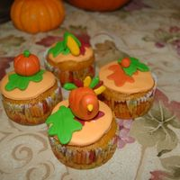 Thanksgiving Cupcakes   mmf cupcakes with hand molded accents
