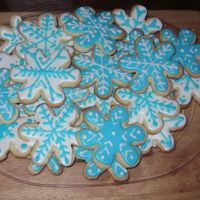 Snowflake Cookies nfsc with antonias royal icing.