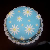 Top View Of Daisies Cake   Another view of the daisies cake