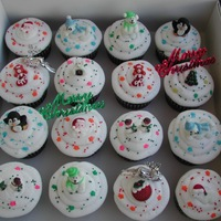 X'mas Cupcakes Royal Icing toppers.