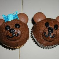 Up_Load_Of_Pictures072.jpg teffy bear cuocakes for a little girl