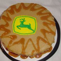 John Deere Fbct  First time trying FBCT: made for older family member: Cake is caramel apple w/ fresh sliced apples, icing is caramel. Transfer too thick...