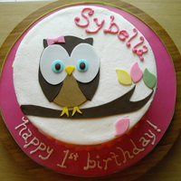 Whoo's Turning 1? copied the party ware. buttercream with fondant decorations