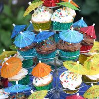 Cupcake Tree A fun twist on birthday cake!