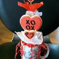 Valentine Bouquet NFSC with antonia74. Cup was found at Good Will store foe .25 cents.