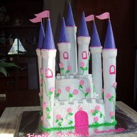 Castle Cake Whew! Sure am glad this is done. This was my first attempt at a castle cake and there were so many things I will do different next time....