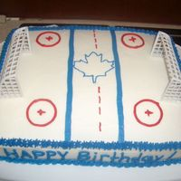 Toronto Maple Leafs Yes, I can see the mistakes in this cake. The little boy loved it. It's kinda plain but it didn't turn out too bad.