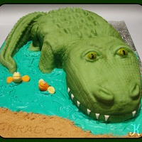Alligator Cake For a 30th birthday for a guy who likes his alligators. :) TFL