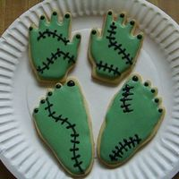 Frankenstein Hands & Feet These, like all my cookies, were just for fun.