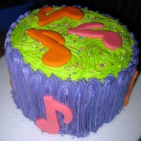 Music!! buttercream with marzipan notes