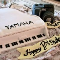 Piano N Camera made this for 2 bday friends 2 at once..... made 4 hours before pick up