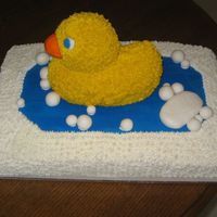 Rubber Ducky buttercream icing with fondant bubbles and soap.