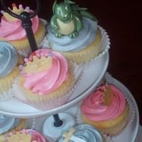 The Princess & The Dragon! Fondant decorations. Thanks for looking!